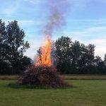 9. Så er bålet blevet tændt